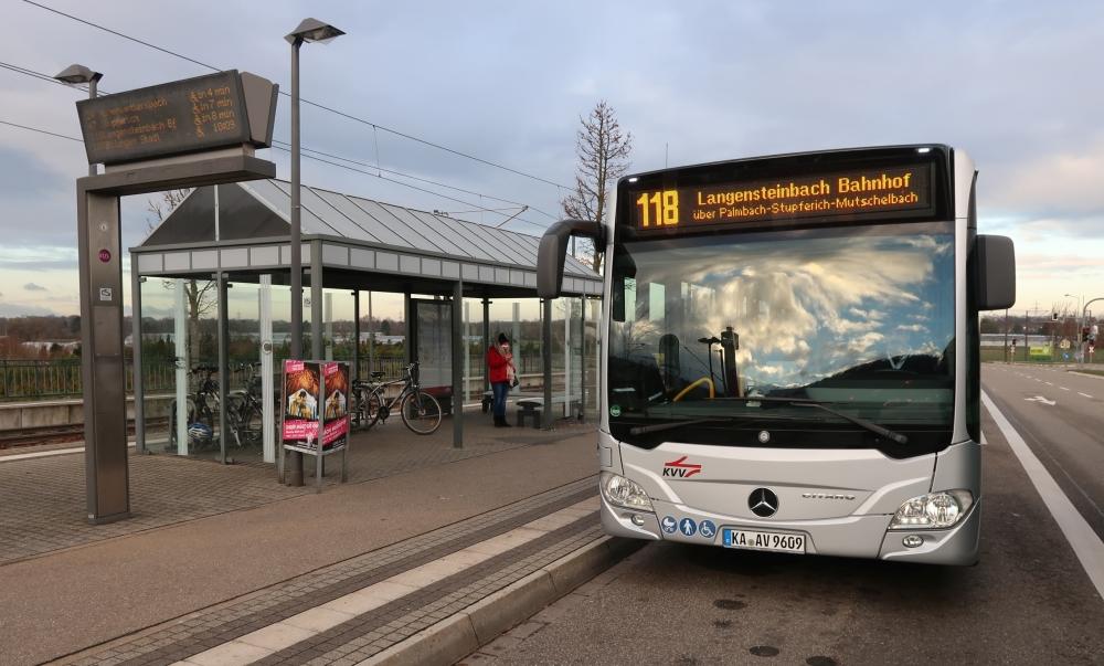Bus 118 vom Zündhütle nach Langensteinbach