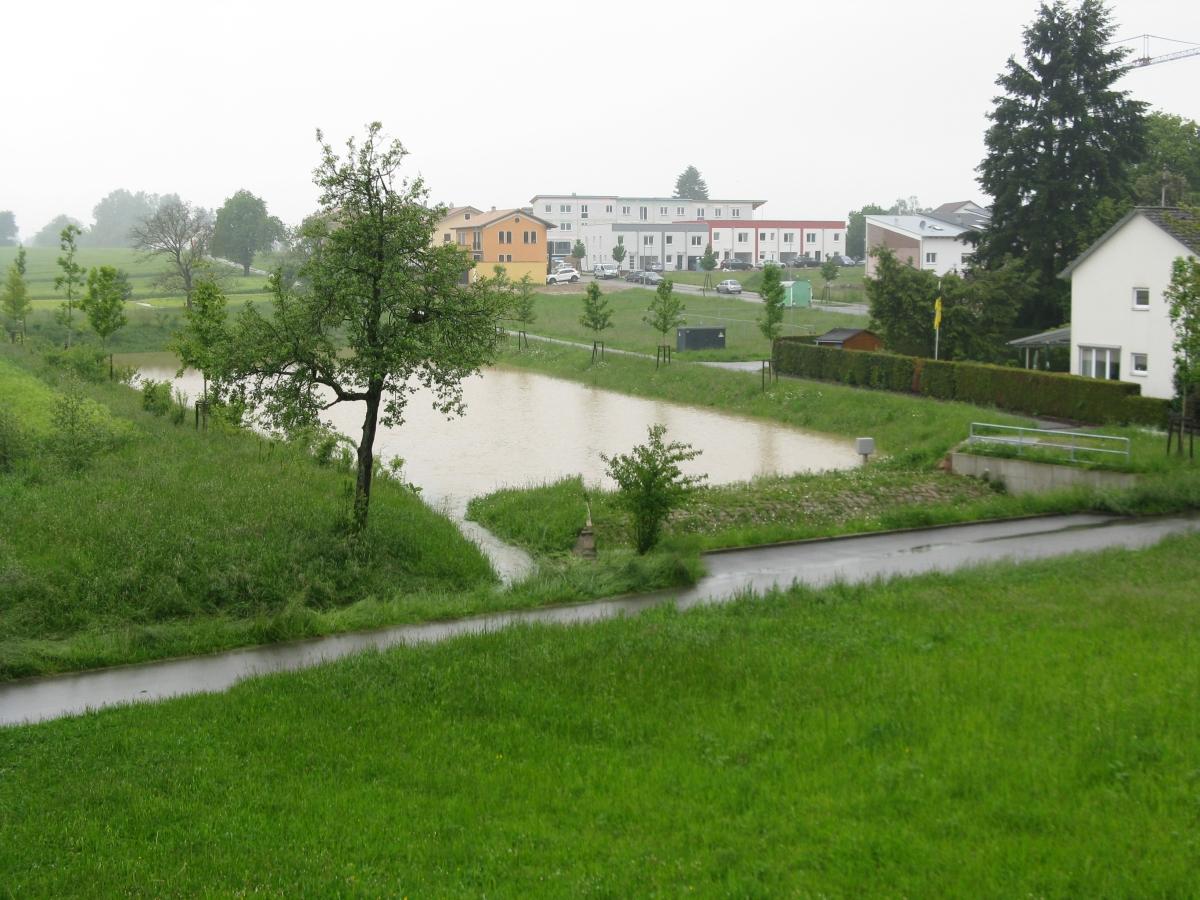 Winterrot in Palmbach. Hier beginnt der Wetterbach